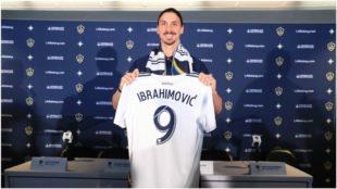 Ibrahimovic, en su presentación con el LA Galaxy.
