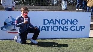 Andrés González posa para MARCA durante la celebración de la Danone...