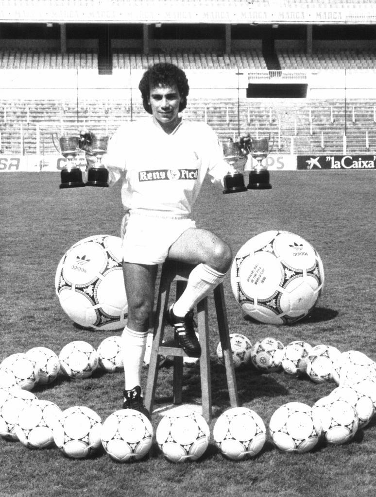 Hugo, con sus cuatro Pichichis del Real Madrid.