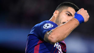 Luis Suárez celebra el gol contra la Roma
