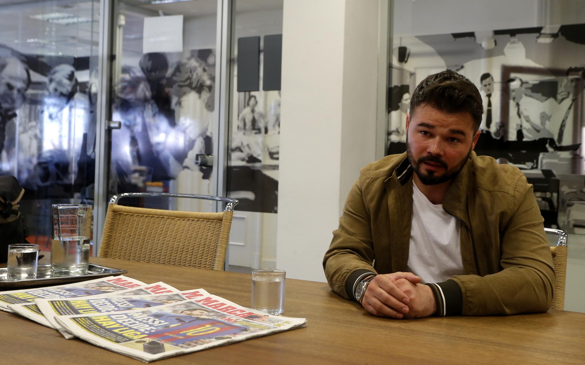 Gabriel Rufián durante una visita al diario MARCA
