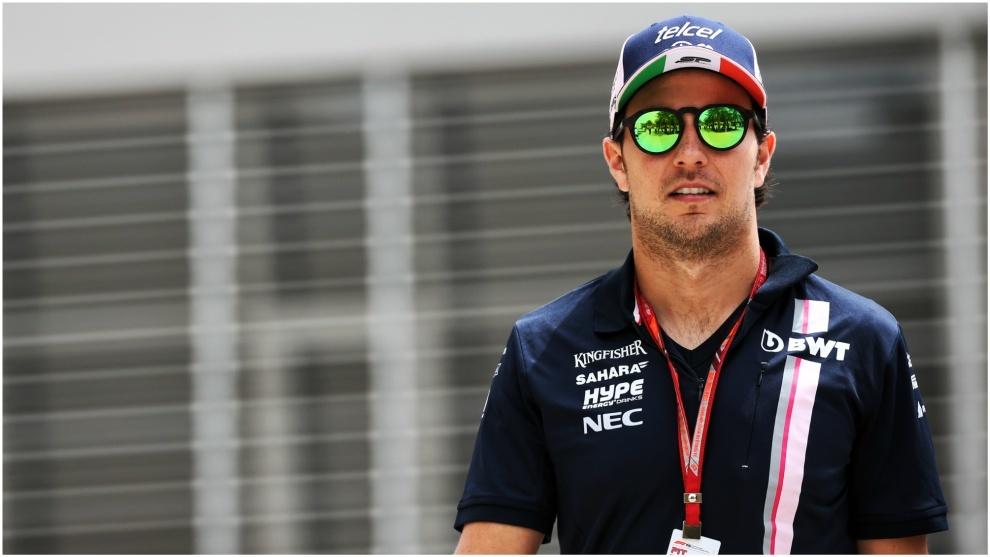 Checo Pérez, en el circuito de Bahréin este jueves.