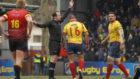 El árbitro Vlad Iordachescu en el Bélgica-España