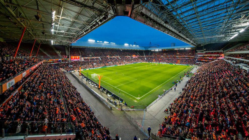Panorámica del Philips Stadion de Eindhoven.