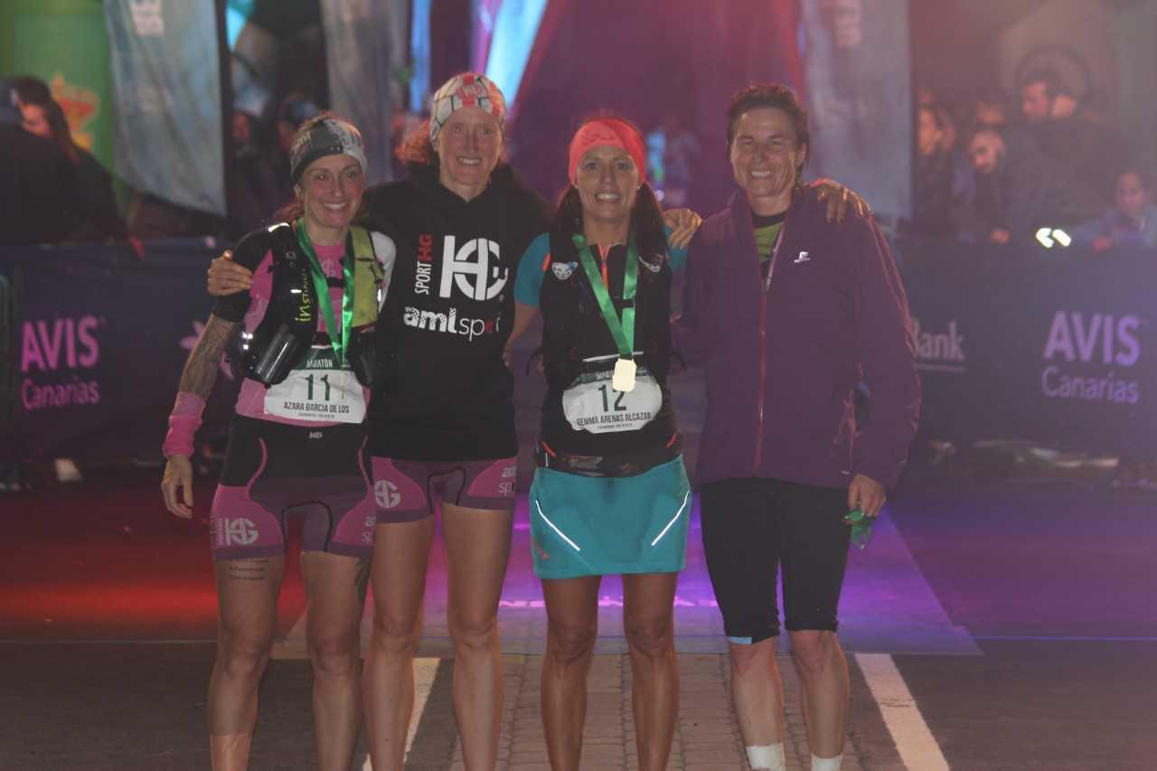 El podio femenino: Azara García, Laia Cañes, Gemma Arenas y Nuria...