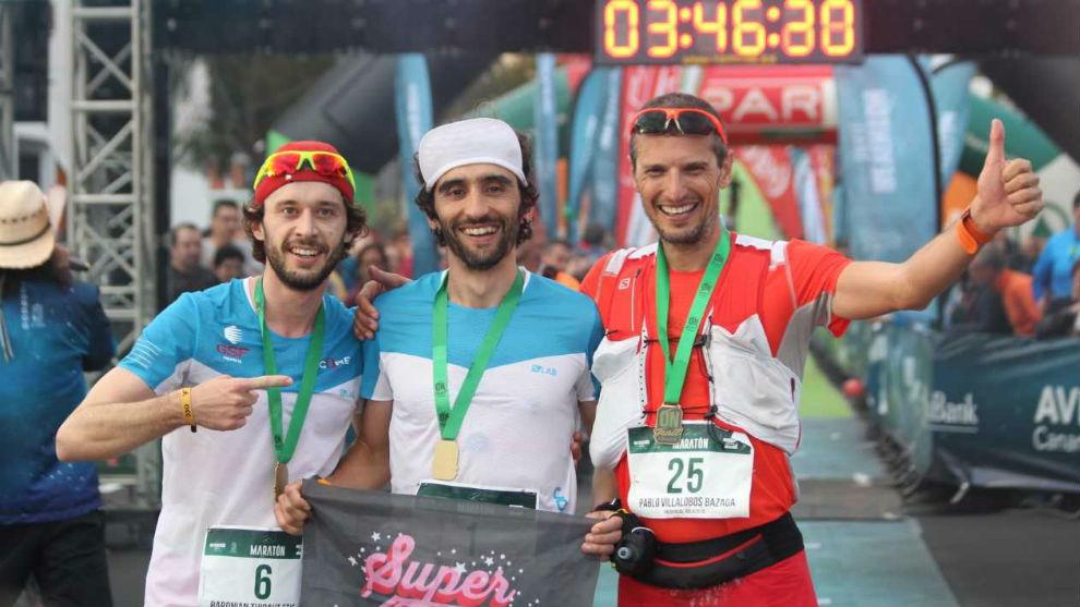 El podio masculino: Baronian, Egea y Villalobos.