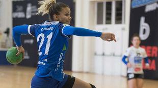La jugadora brasileña del Bera Bera, Adriana Cardoso