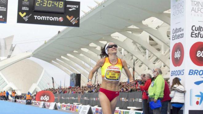 Marta Esteban en el Maratón de Valencia de 2016 el día que logró su...