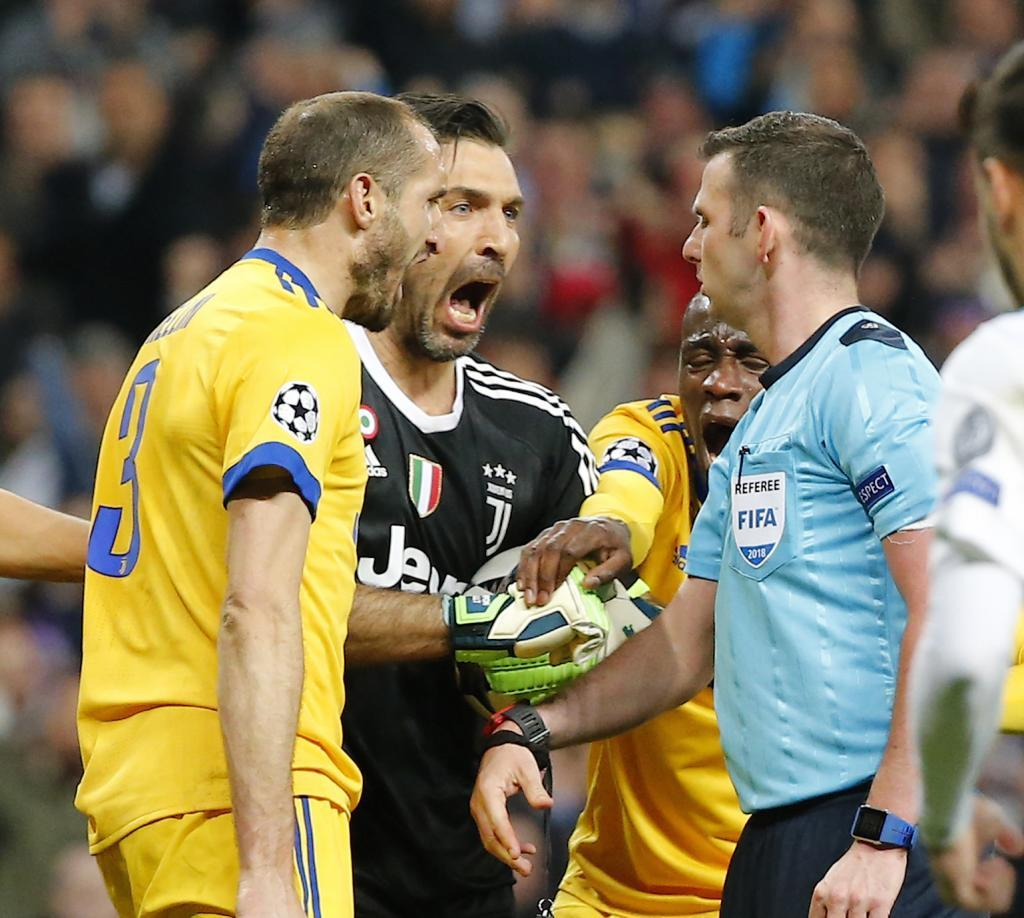 Buffon gets in Oliver's face