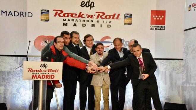 Foto de familia de los premiados por el EDP Rock n'roll Madrid...
