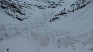 Impresionante avalancha en el Pla de l'Estany; el tamaño de la...