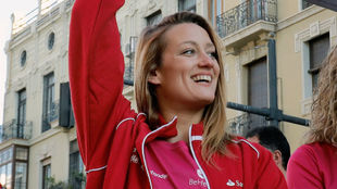 Mireia Belmonte saluda en Valencia a participantes y público de la...