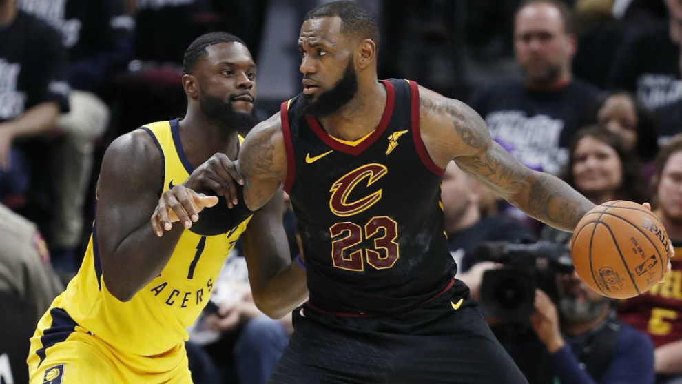 LeBron James defendido por Lance Stephenson