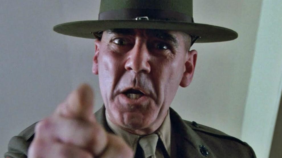 ¡Voy a cortarte el p*** para que no contamines al mundo!