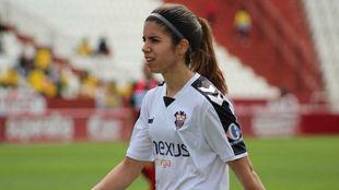 Alba Redondo durante un partido en el Carlos Belmonte.