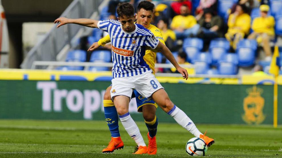 Adnan Januzaj (23) controla un balón en el partido del sábado en Las...