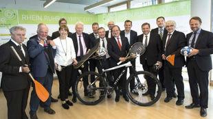 Los representantes de la candidatura Rhein Ruhr Olympic City 2032.