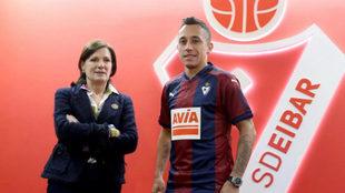 Orellana, el día que fue presentado como jugador del Eibar.