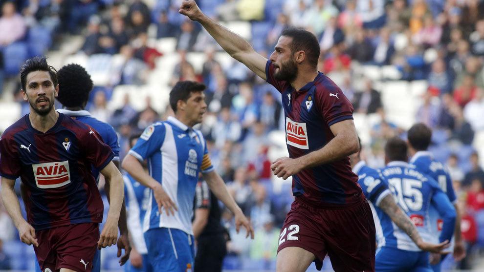 Lombán celebra el gol conseguido ante el Espanyol.