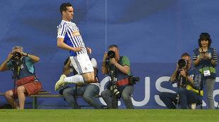 Juanmi celebra su segundo gol ante el Atlético.