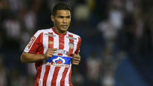 Teo Gutiérrez, durante un partido