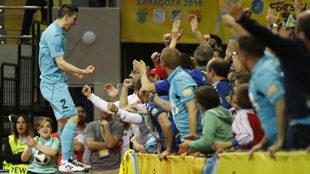 Ortiz celebra el gol de la victoria ante el Barça.