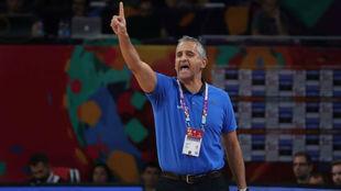 Igor Kokoskov dirigiendo a Eslovenia durante el EuroBasket