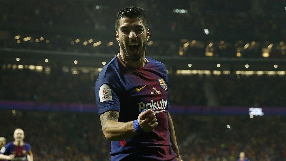 Luis Suárez ya sonríe en una final de Copa