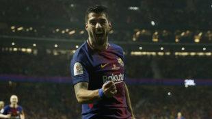 Luis Suárez celebra el gol del Barcelona