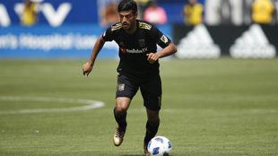 El mexicano marcó en la recta final desde los 11 pasos