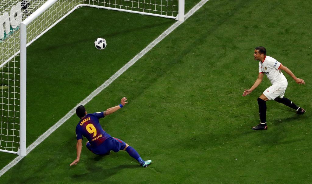 Barca 5-0 Sevilla: Barca lần thứ 4 liên tiếp đăng quang Cúp Nhà Vua
