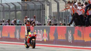 Márquez, entrando en meta victorioso en Austin.