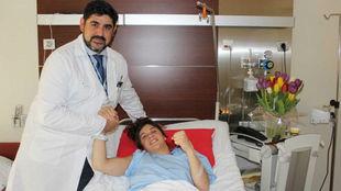 David Cimas con Estrella López, en el Hospital Vithas Nuestra Señora...