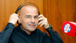 Paco López durante una entrevista en Radio MARCA