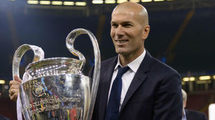 Zidane posa con la Duodécima