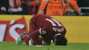 Salah celebrando uno de los goles ante la Roma