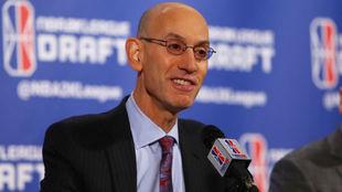 Adam Silver, comisionado de la NBA, durante una conferencia de prensa