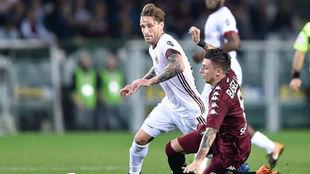 Biglia en un partido con el Milan.