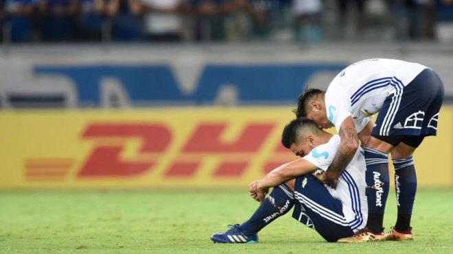 Dos jugadores de Universidad de Chile, desolados tras la goleada