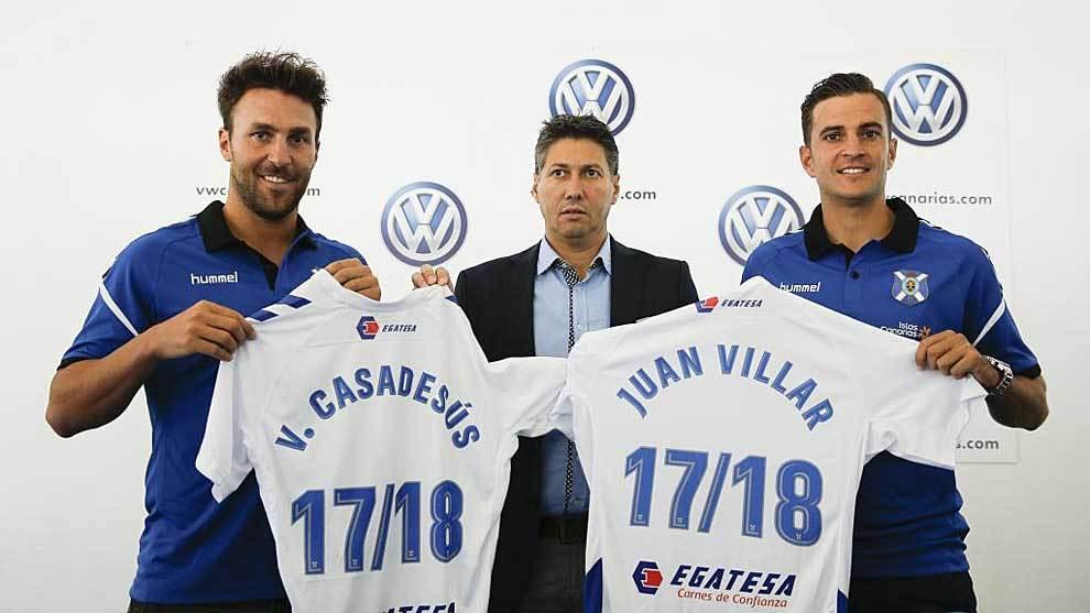 Juan Villar y Víctor Cadadesús, junto a Alfonso Serrano el día de...