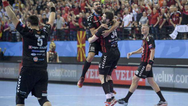 Los jugadores del Vardar, entre ellos Jorge Maqueda, celebrando la...