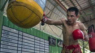 Wanheng Menayothin, durante un entrenamiento