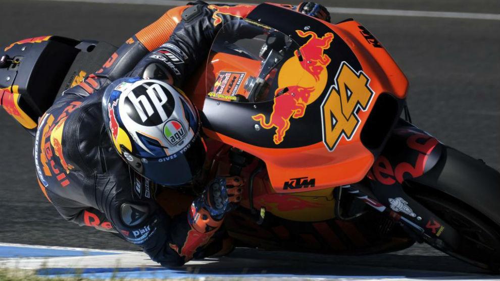 Pol Espargaró, sobre su KTM.