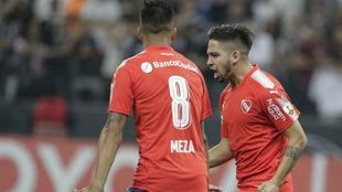 Benítez celebra su gol ante Corinthians.