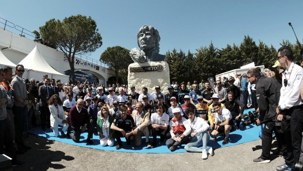 Presentación del busto homenaje a Ángel Nieto, en el circuito de...