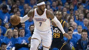 Carmelo Anthony jugando los 'playoffs' de la NBA con los...