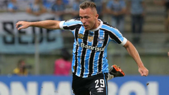 save off 01300 3b949 Transfer Market: Gremio don't want Arthur to join Barcelona ...