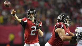 Matt Ryan durante la final de la NFC de la temporada 2016 ante Green...