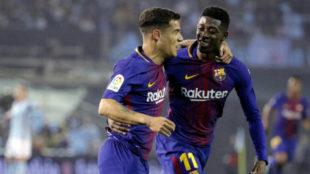 Coutinho y Dembélé celebran un gol del Barça en Balaídos.