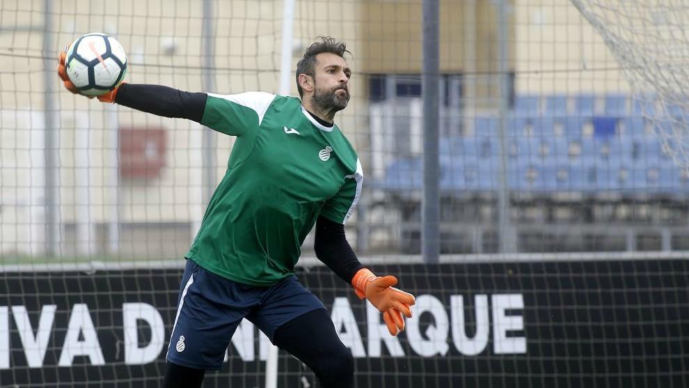 Diego López vuelve a la lista dos meses después